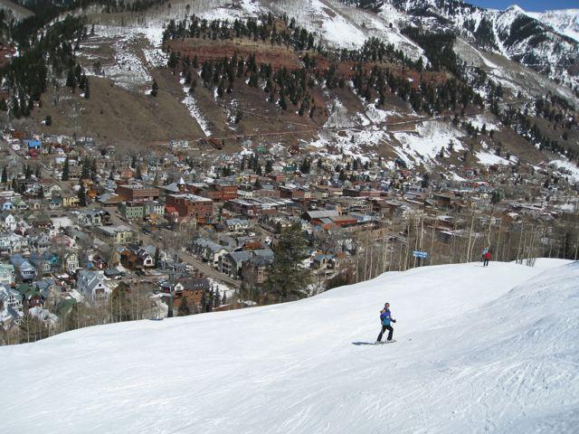 skiing-down-telluride-trail.jpg